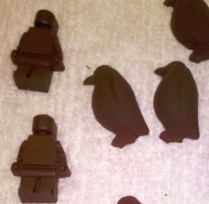 Minifigs and penguins