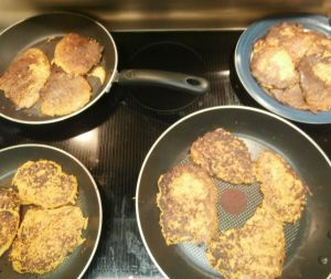 latkes cooking