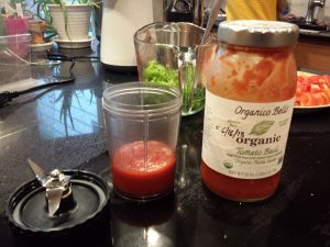Easy pizza sauce in the blender!